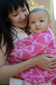 My lovely friend Cho in a Yaro Ring Sling